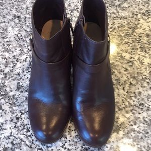 Cole Haan boots size 7.5 great condition